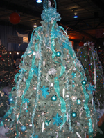 "EXIT Generations Realty Decorates ""Award Winning"" Christmas Tree"